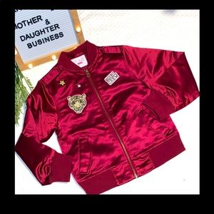 Childrens Place Girl Power (S-5/6) Jacket. 🐯